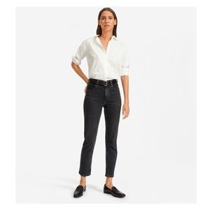 EVERLANE Cheeky Straight Jean in Washed Black